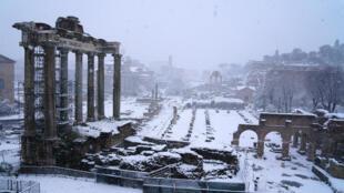 Rome sous la neige, en Italie, ce 26 février 2018.