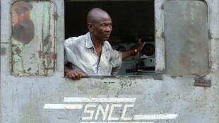 Un employé de la SNCC en 2007, au Kananga, en République démocratique du Congo.