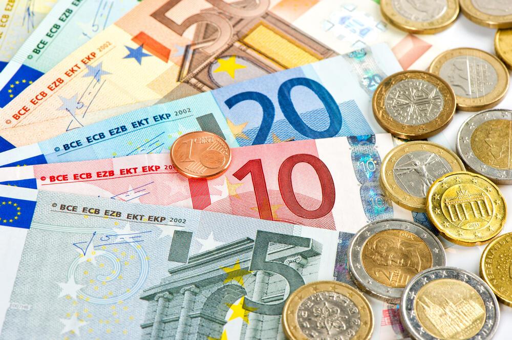 Zona do euro começa 2017 com sólido crescimento