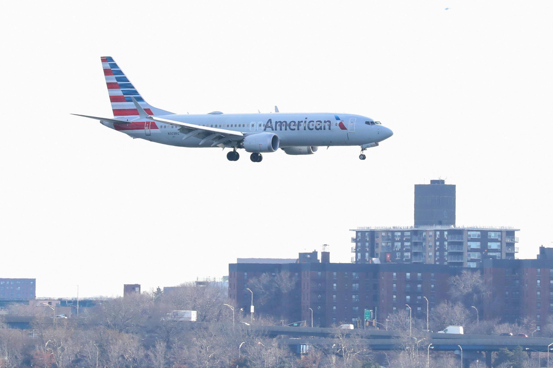 Presidente americano Donald Trump ordena que Boeing 737 Max 8 e Max 9 não deixem o solo. (Foto de arquivo)