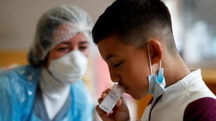 2021-05-25T153252Z_1786900305_RC23NN97DJEM_RTRMADP_3_HEALTH-CORONAVIRUS-EUROPE-CHILDREN