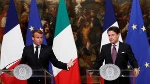 Ảnh minh họa : Tổng thống Pháp Emmanuel Macron (T) và thủ tướng Ý Giuseppe Conte (P) họp báo tại Roma, ngày 18/09/2019.