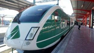 L'Espagne compte près de 2 000 kilomètres de ligne à grande vitesse transportant 16 millions de passagers par an.