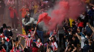 Seguidores del Atlético de Madrid, el 22 de mayo de 2021 en la capital española