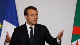 Emmanuel Macron à Alger le 6 décembre 2017.