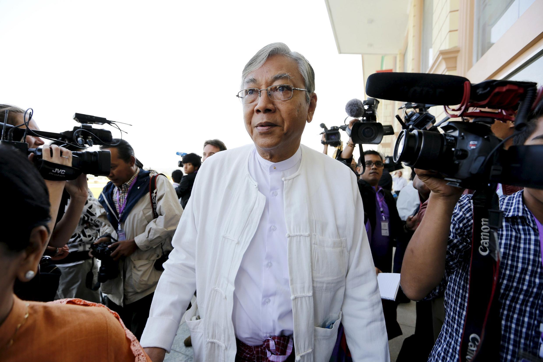 Ông Htin Kyaw, nhân vật thân cất nhất, được bà Aung San Suu Kyi đề cử tranh chức vụ tổng thống Miến Điện.