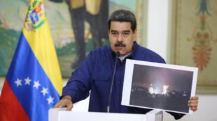 Tổng thống Venezuela Nicolas Maduro phát biểu trên truyền hình tại phủ tổng thống Miraflores, Caracas, ngày 11/03/2019.