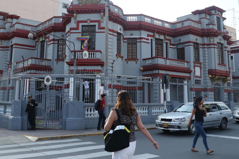 L'ambassade du Venezuela à Lima, le 26 février 2019.