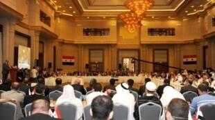 流亡的利比亞反對派組織都出席了伊斯坦布爾國際會議,2011年7月16日