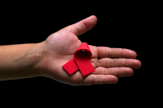 Идея доклада возникла на состоявшемся в июне первом в России Форуме людей, живущих с ВИЧ