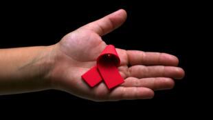 Según Naciones Unidas, la epidemia de VIH Sida aún no está superada. Cada año, 2.6 millones de personas contraen el VIH.