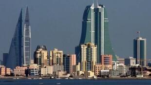 بحرین تصمیم گرفته است برای شهروندان قطری ویزای ورود به بحرین صادر نکند