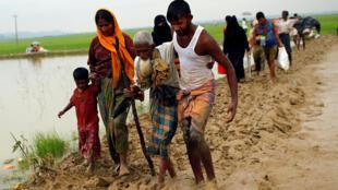Người tị nạn Rohingya tại biên giới Miến Điện- Bangladesh-Myanmar. Ảnh ngày 03/09/2017.
