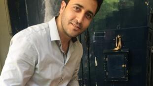 Rahman, ancien berger afghan, qui travaille désormais dans un cabinet d'avocats à Paris.