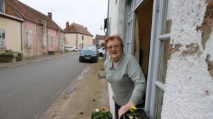 Noëlle Giraud, 83 ans, a vu Saint-Priest se transformer