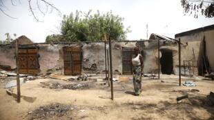 Garin Minchika da Mayaka a Jihar Adamawa da Boko Haram suka kona