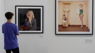 """Triển lãm """"Divine Marilyn"""" được khai trương hôm 12/07/2019 tại Paris."""