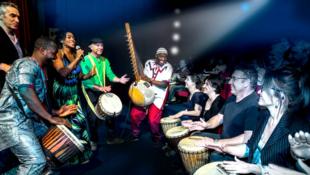 'Do you speak djembé?' in concert