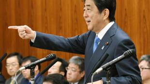 លោក Shinzo Abe នៅចំពោះមុខសភាជាន់ខ្ពស់ជប៉ុន