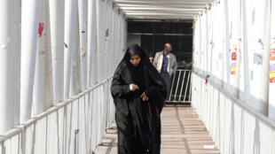 Une femme iranienne portant le voile, à Téhéran, le 7 février 2018.