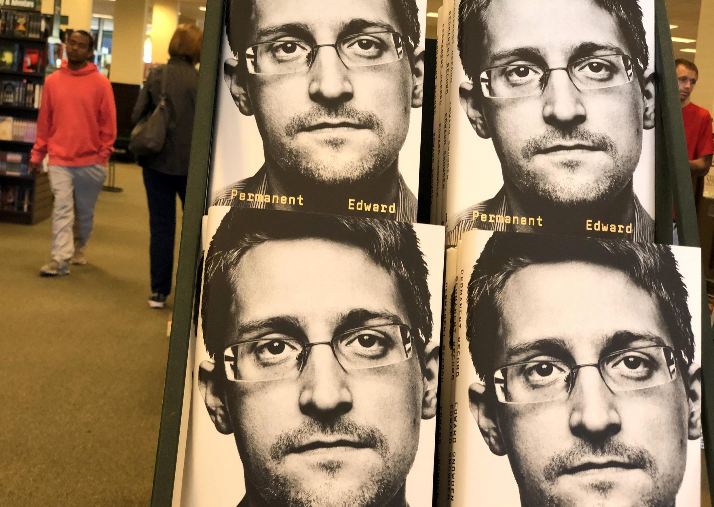 Les mémoires d'Edward Snowden, «Permanet Record», dans une librairie en Californie, le 17 septembre 2019 (illustration).