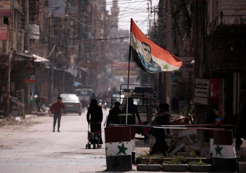 syrie douma damas drapeau bachar