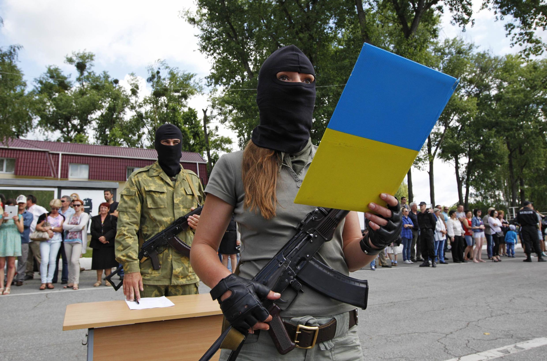 """Бойцы батальона """"Донбасс"""" принимают присягу в Киеве, 23 июня"""