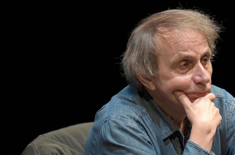 Novo livro de Michel Houellebecq, Serotonina, é aguardado com ansiedade na França
