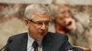 Claude Bartolone, président de l'Assemblée nationale, plaide pour «un nouveau temps du quinquennat» de François Hollande.