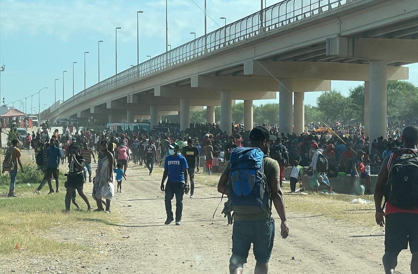 USA migrants del rio pont frontière