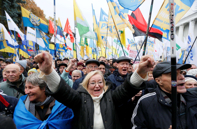 Biểu tình chống nạn tham nhũng và chính quyền của tổng thống Porochenko, Kiev, 17/10/2017.