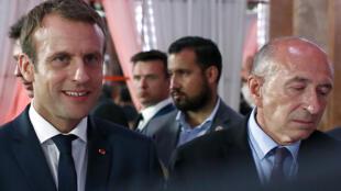 Tổng thống Pháp Emmanuel Macron (T) và lão tướng Gérard Collomb, tại Paris, ngày 20/06/2017.