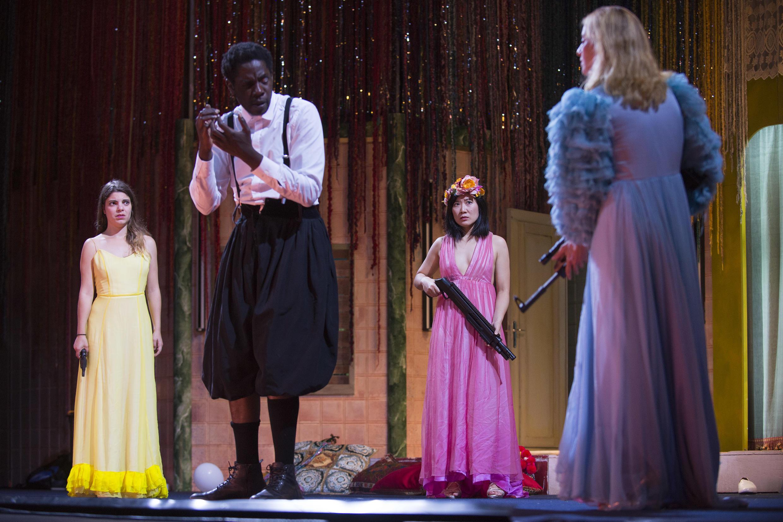 «Les mille et une nuits» est jouée au Théâtre national de l'Odéon à Paris jusqu'au 13 décembre 2019, puis en tournée en France.
