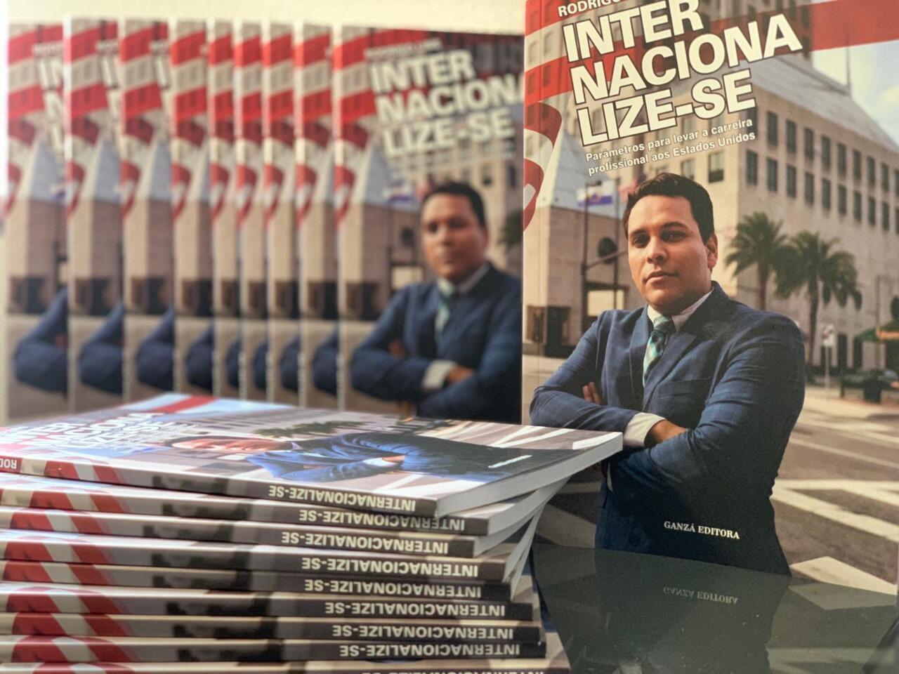 O jornalista e pesquisador da área de imigração Rodrigo Lins