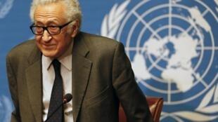 O mediador da ONU e da Liga Árabe para as negociações de paz na Síria, Lakhdar Brahimi.