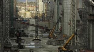 Las obras de la ampliación del canal de Panamá en la costa del Pacífico, durante una visita organizada por las autoridades el 5 de febrero de 2014.