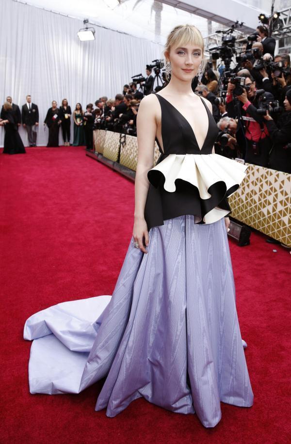 Сирша Ронан оспаривала в этом году приз лучшей актрисе («Маленькие женщины»)