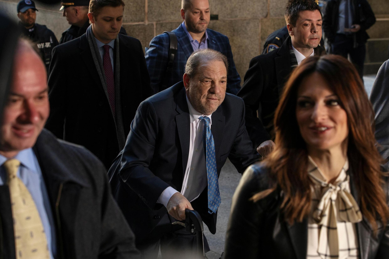 Harvey Weinstein đến tòa án New York, Mỹ, ngày 24/02/2020.