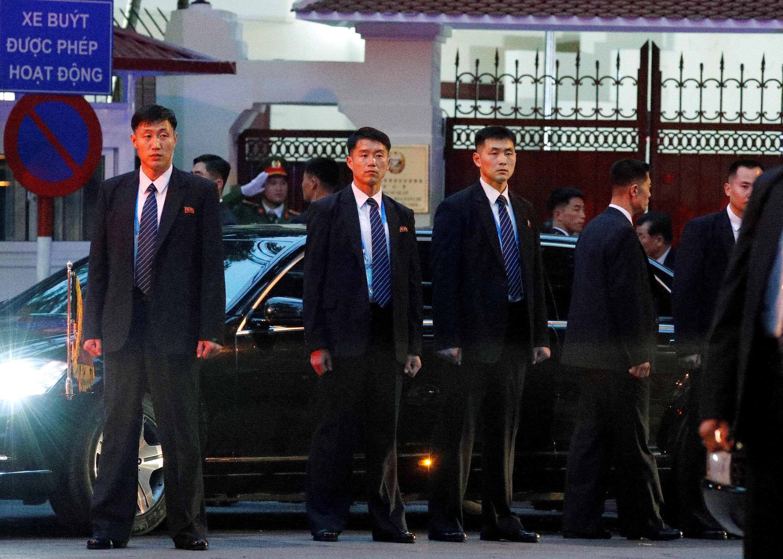 Ким Чен Ын прибыл во вьетнамскую столицу на автомобиле, перед этим преодолев расстояние в 4000 км на знаменитом бронепоезде