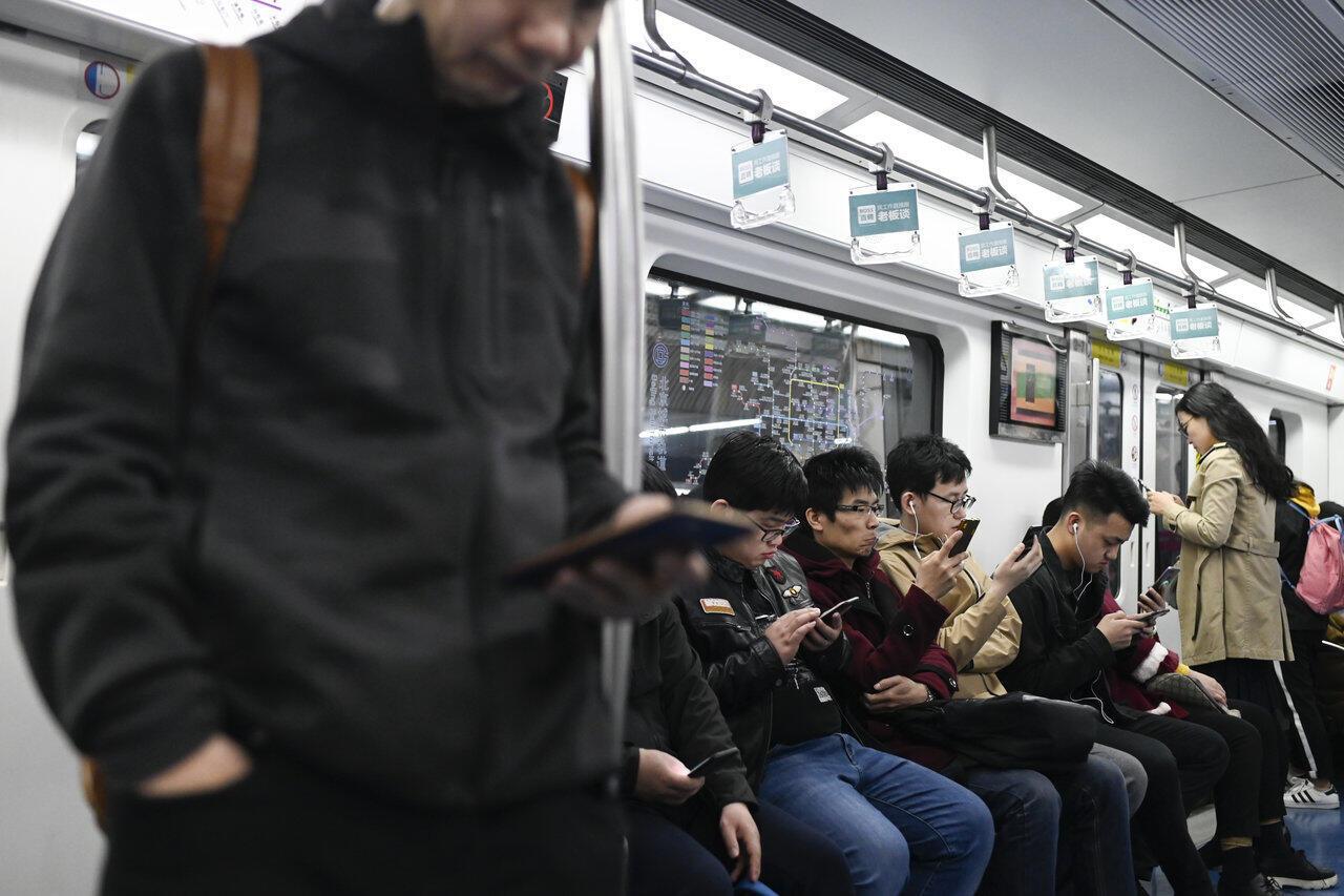 Cũng như Bangkok xe điện ngầm Bắc Kinh đóng cửa ít nhất là 4 tiếng đồng hồ sau 1g đêm