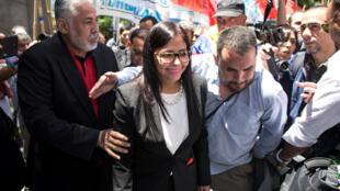 A chanceler venezuelana, Delcy Rodríguez, tentou, nesta quarta-feira(14), entrar à força na 1° reunião do Mercosul, que deu início à presidência argentina do bloco, em Buenos Aires, à qual não tinha sido convidada.