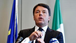 L'ancien président du Conseil italien Matteo Renzi lors d'une conférence de presse à Bruxelles, le 28 avril 2017.