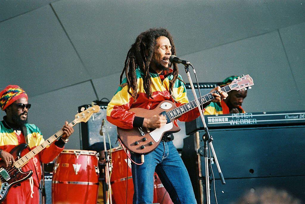Bob Marley, en concert au Crystal Palace Bowl, à Londres, en 1980.