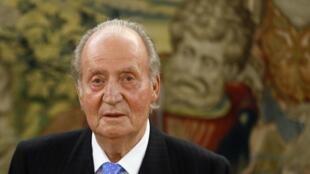 Juan Carlos n'en finit pas de dégringoler dans les sondages.