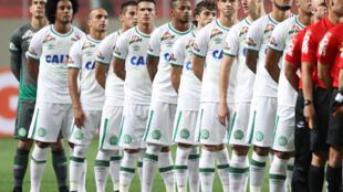 Equipa do Chapecoense dizimada em tragédia aérea no dia 28 de Novembro de 2016