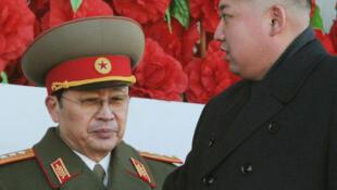 Jang Song-Thaek, chú của Kim Jong-Un, từng là Phó chủ tịch Ủy ban quốc phòng - REUTERS/Kyodo/File