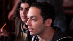 """O diretor paulista Caetano Gotardo durante as filmagens do longa """" O que se Move"""", lançado em Paris em 2 de outubro de 2013."""