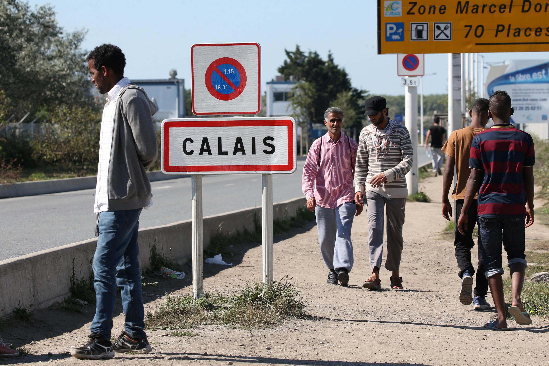 Des migrants à Calais (France), en septembre 2016.