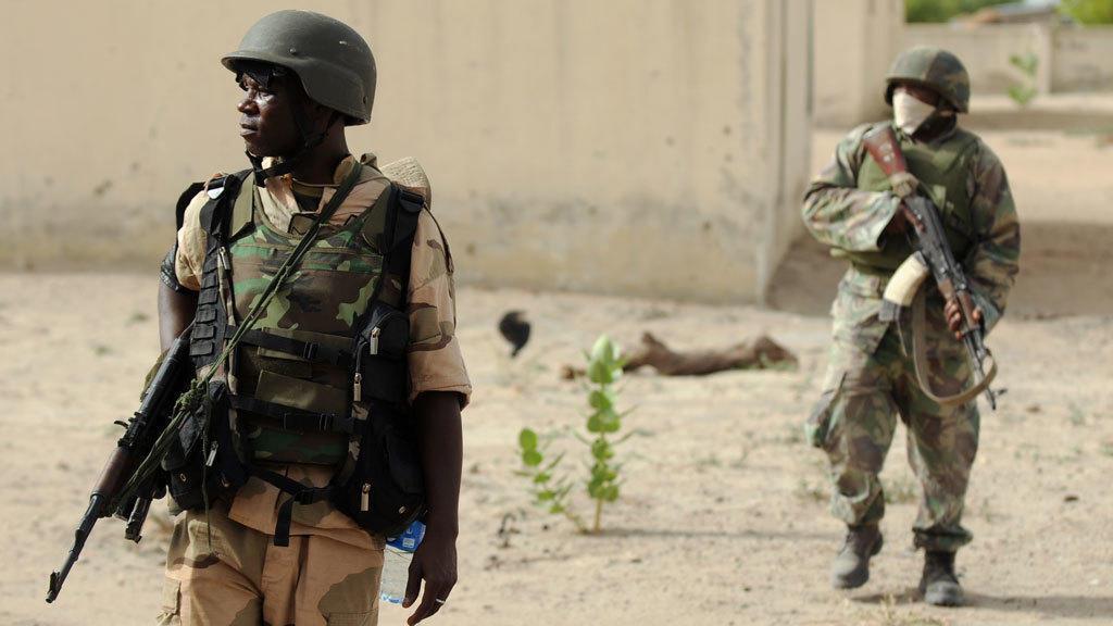 Wasu sojojin Najeriya da ke sintiri a jihar Borno.