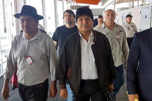 Evo Morales chega a Buenos Aires e ganha status de refugiado sob Fernández.